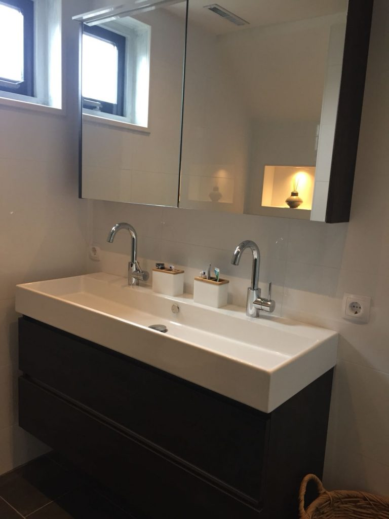 Nieuwe badkamer Velserbroek
